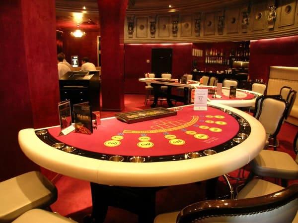 ройал казино херсон